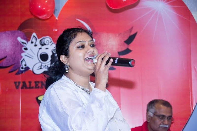 Srilekha Parthasarathy Wiki, Biography, Age, Songs, Family, Images