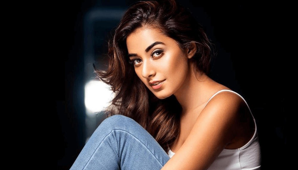 Stefy Patel Wiki, Biography, Age, Movies, Images & More