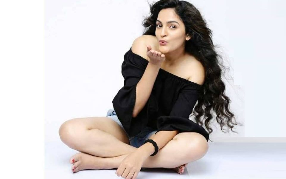 Sukrutha Wagle Wiki, Biography, Age, Family, Movies, Images