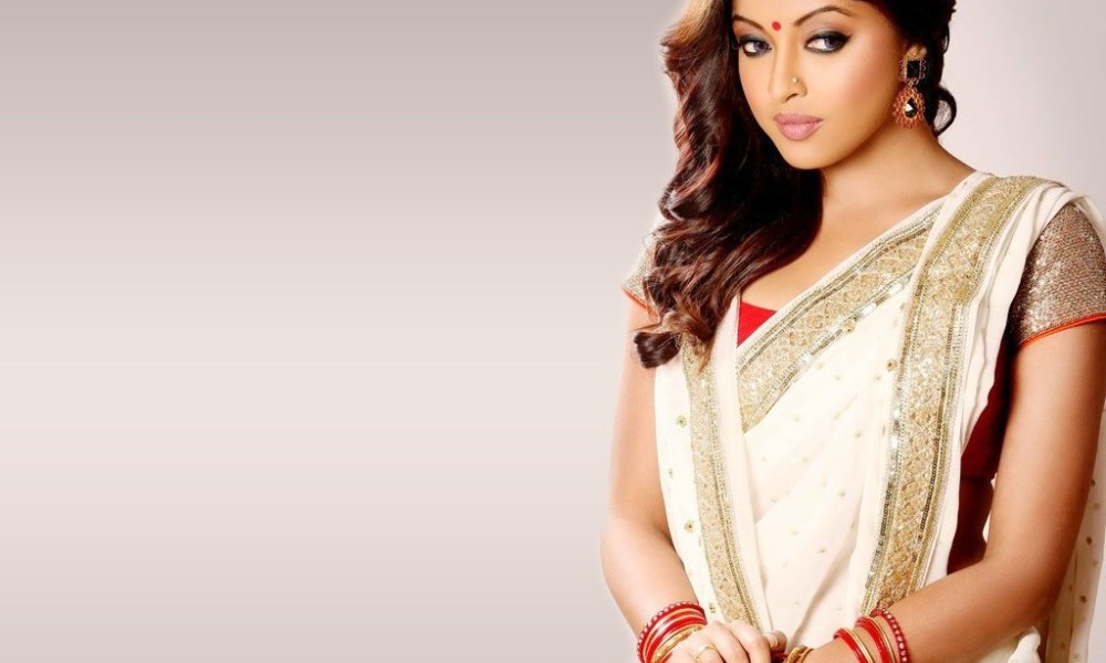 Tanushree Dutta Wiki, Biography, Age, Movies, Family, Images