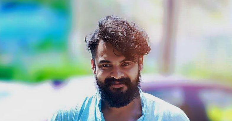 Tovino Thomas Wiki, Biography, Movies, Family, Images
