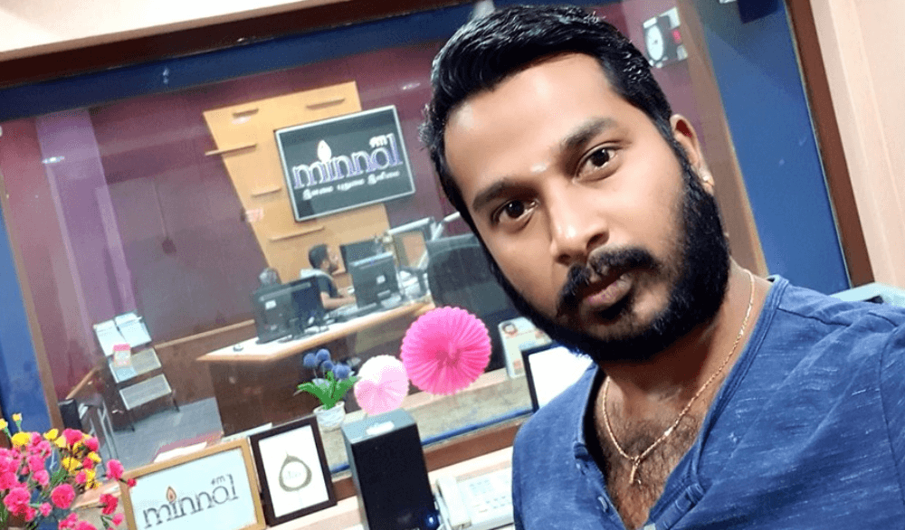 Vikey Maayavithagan Wiki, Biography, Age, Family, Images & More