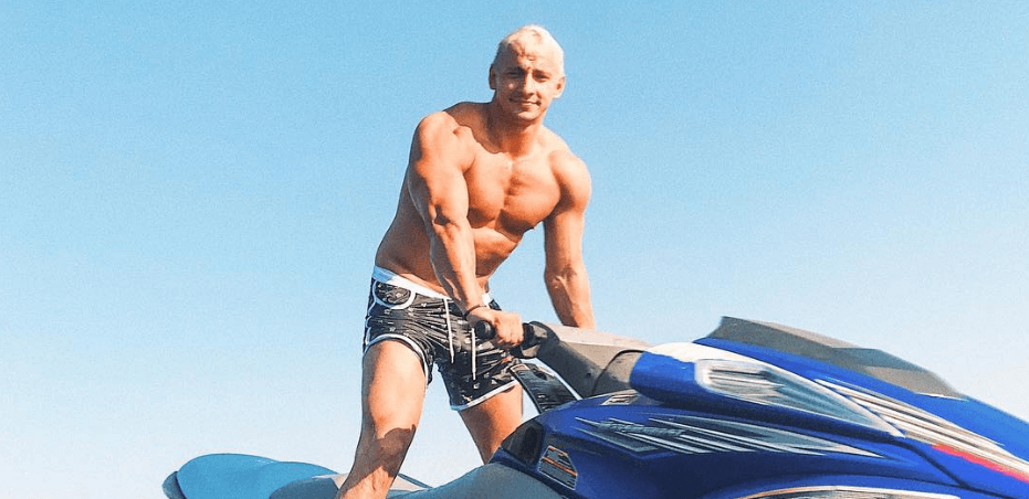 Vitaly Zdorovetskiy Wiki, Biography, Age, Movies, Images & More