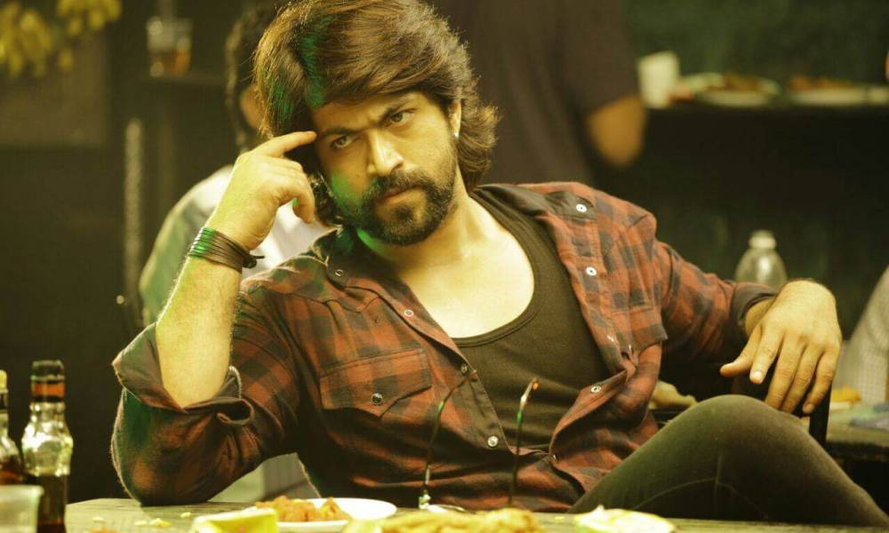 Yash Wiki, Biography, Age, Movies List, Family, Images